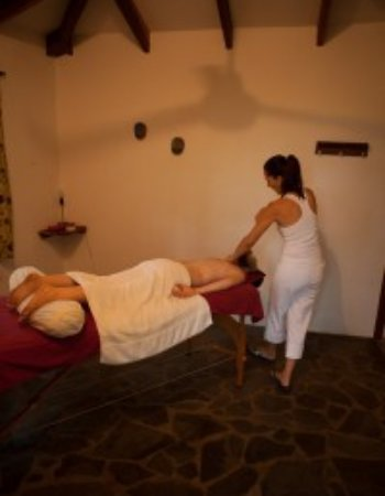Panacea de la Montaña Yoga Retreat and Spa